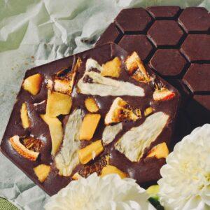 медовий молочний шоколад манго, ананас та мандарин